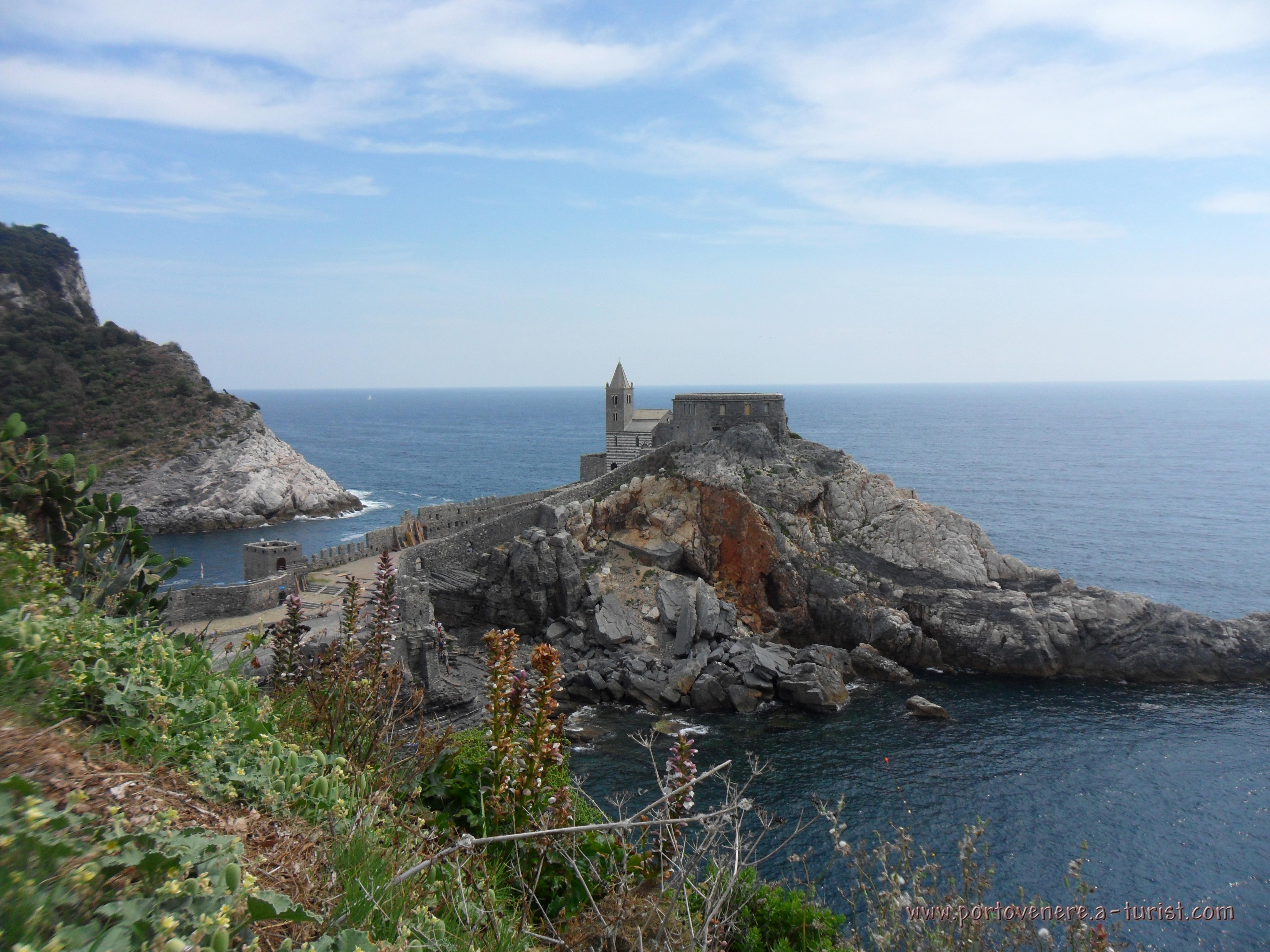 Portovenere - Church of San Pietro<br>4320x3240, 1.57 MB