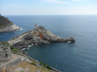 Portovenere - Church of San Pietro<br>4320x3240, 1.44 MB