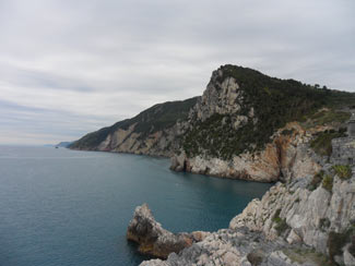 Other - Ligurian mountains towards the Cinque Terre<br>4320x3240, 1.25 MB