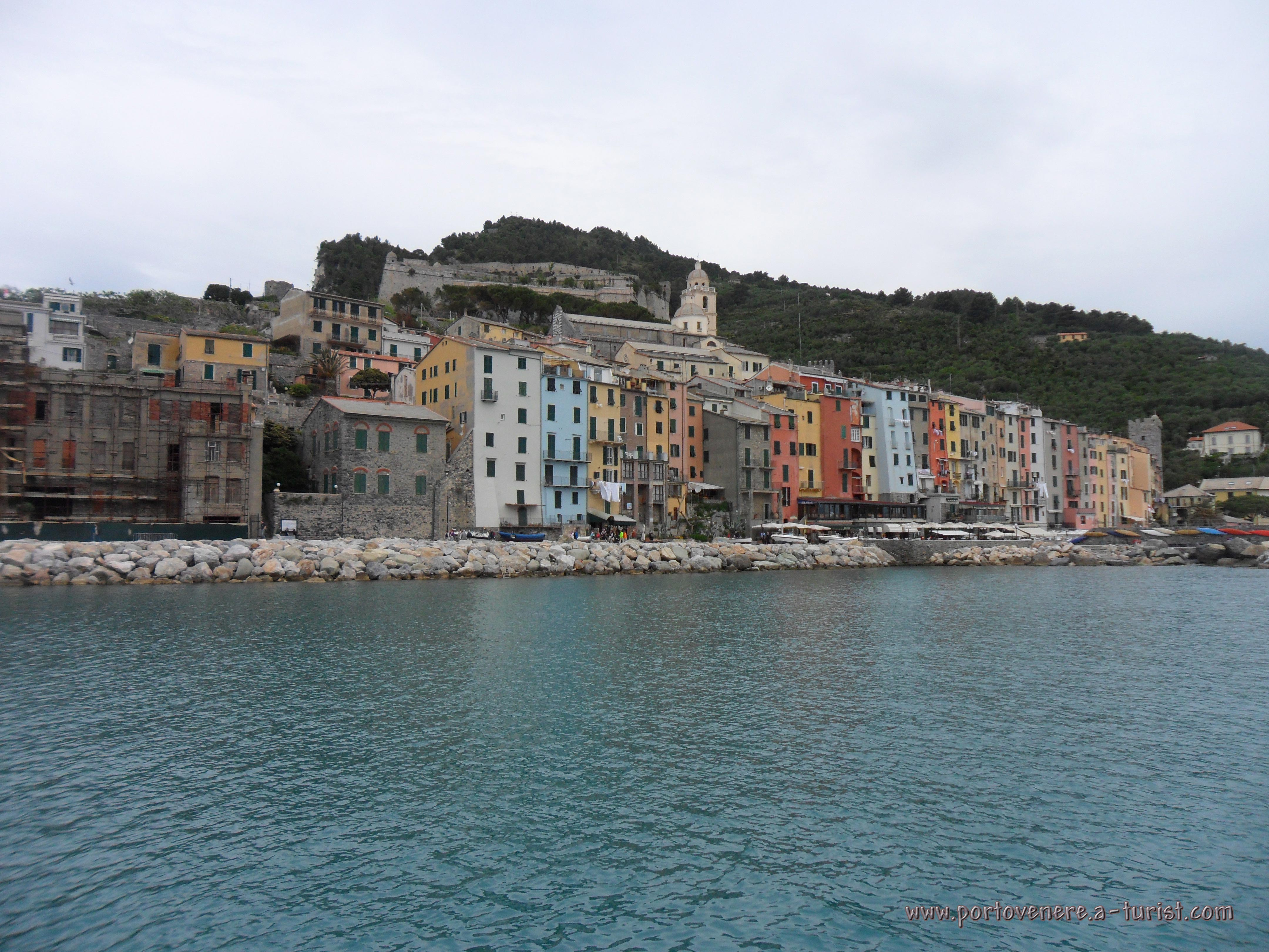 Portovenere - View from the boat<br>4320x3240, 1.75 MB